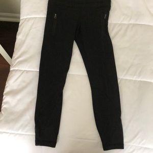 Lulu pants! Great condition